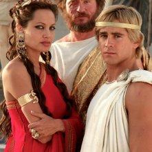 Foto di gruppo per Colin Farrell, Val Kilmer e Angelina Jolie, protagonisti di Alexander