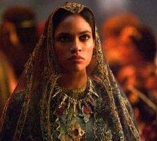 Rosario Dawson in una scena di Alexander