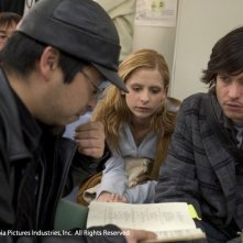 Takashi Shimizu, Sarah Michelle Gellar e Jason Behr sul set di The Grudge