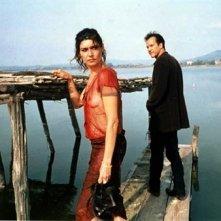 Regina Nemni e Christopher Buchholz in una scena del film Eros