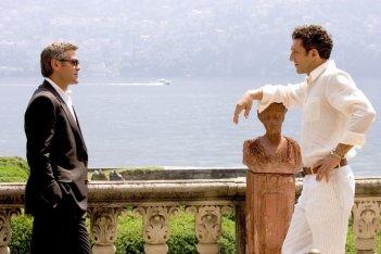 Vincent Cassel e George Clooney in Ocean's Twelve