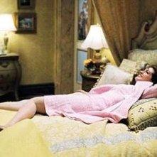 Anne Hathaway nella commedia romantica Principe Azzurro cercasi