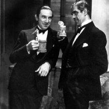 Boris Karloff e Bela Lugosi in una scena di La moglie di Frankenstein
