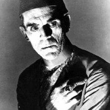Boris Karloff sul set del film La Mummia