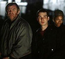 Brendan Gleeson, Cillian Murphy e Naomie Harris in una scena di 28 giorni dopo