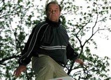 Jack Nicholson in una scena del dramedy A proposito di Schmidt