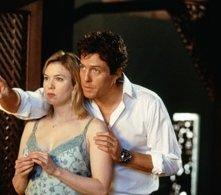 Renèe Zellweger con Hugh Grant in una scena di Che pasticcio, Bridget Jones!