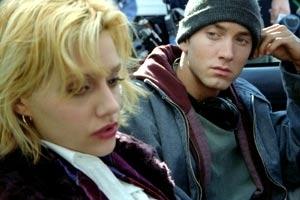 Brittany Murphy e Eminem in una scena di 8 Mile