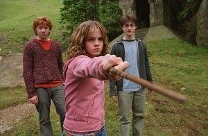 Emma Watson, Daniel Radcliffe e Rupert Grint in una scena di Harry Potter e il prigioniero di Azkaban
