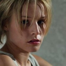 Kristen Bell in una scena di Spartan