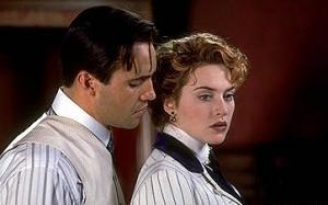 Billy Zane e Kate Winslet in una scena di Titanic