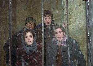 Jake Gyllenhaal, Emmy Rossum, Arjay Smith e Austin Nichols in una scena di The Day After Tomorrow - L'alba del giorno dopo