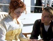 Kate Winslet e Leonardo DiCaprio in una scena di Titanic di James Cameron