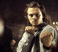 DiCaprio in una scena di Gangs of New York