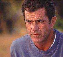 Mel Gibson in una scena di Signs