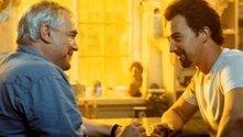 Brian Cox e Edward Norton in una scena di La 25a ora