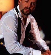 Bruce Willis in una scena di Four Rooms