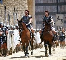 Eric Bana e Orlando Bloom in una scena di Troy