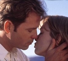 Greg Kinnear e Renèe Zellweger in una scena di Betty Love