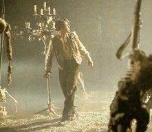 Keanu Reeves in una scena di Dracula