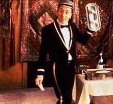 Tim Roth in una scena di Four Rooms