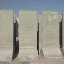 Una scena del documentario Il muro (2004)