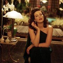 Una splendida Kate Beckinsale in una scena di The Aviator