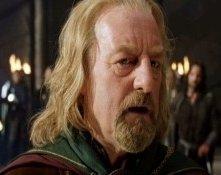 Bernard Hill in una sequenza di Il signore degli anelli - Le due torri