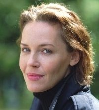 Connie Nielsen in una scena di The Hunted