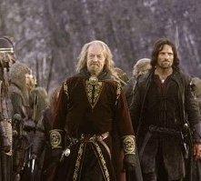 Viggo Mortensen e Bernard Hill in una scena di Il signore degli anelli - Le due torri