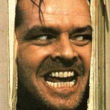 Jack Nicholson interpreta Jack Torrance in una scena leggendaria di Shining