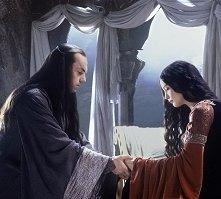 Liv Tyler e Hugo Weaving in una scena di Il signore degli anelli - Il ritorno del re
