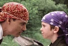 Johnny Depp e freddie Highmore in una scena di Neverland - un sogno per la vita