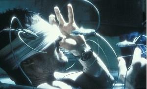 Tom Cruise in una scena di Minority Report (2002)