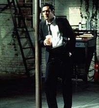 Michael Madsen in una scena del film Le Iene