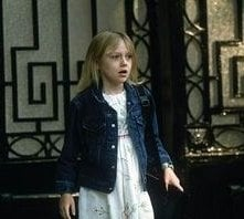Dakota Fanning in una sequenza di Man on fire