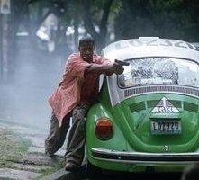 Denzel Washington in una scena di Man on fire