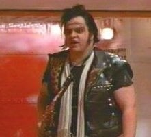 Meat Loaf in una scena di The Rocky Horror Picture Show