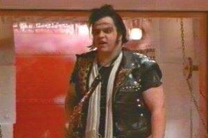 Meat Loaf in una scena di The Rocky Horror Picture Show