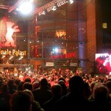 La facciata del Berlinale Palast in occasione della 55ma edizione del Festival di Berlino