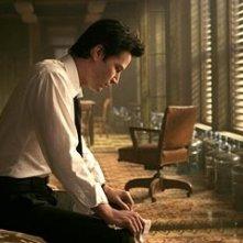 Keanu Reeves in una scena di Constantine