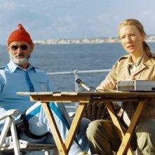 Bill Murray e Cate Blanchett in una scena di Le avventure acquatiche di Steve Zissou