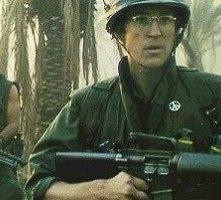 Matthew Modine in una scena di Full Metal Jacket