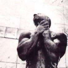 Vin Diesel, sexy sotto la doccia