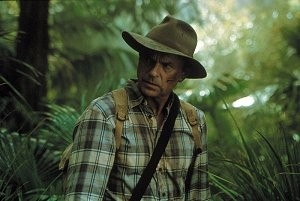 Sam Neill in una scena di Jurassic Park III