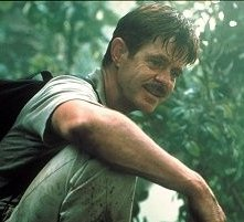 William H. Macy in una scena di Jurassic Park III