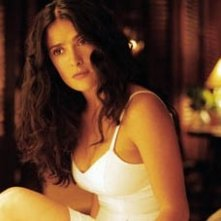 Salma Hayek in una sequenza di After the Sunset