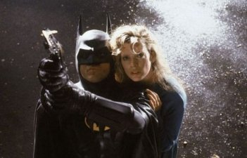 Michael Keaton e Kim Basinger in Batman