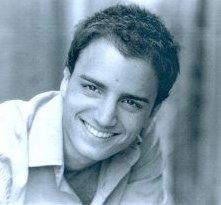 Un sorridente Nicolas Vaporidis