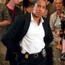 Regina King in una scena di Miss Congeniality 2: Armed and Fabulous